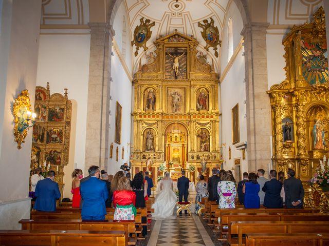 La boda de Alvaro y Irene en Galapagos, Guadalajara 23