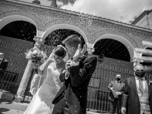 La boda de Alvaro y Irene en Galapagos, Guadalajara 28