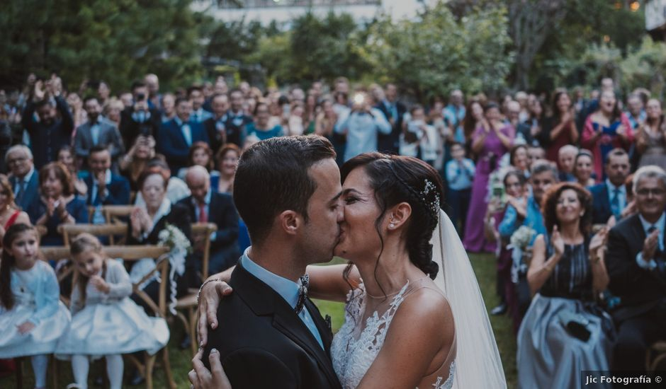 La boda de Mario y Cristina en Esporles, Islas Baleares