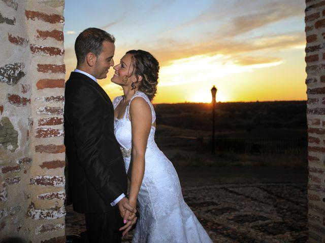 La boda de Ismael y Sofia en El Cerro De Andevalo, Huelva 8