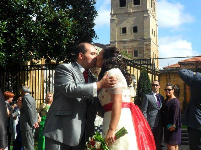 La boda de Rubén y Verónica en Oviedo, Asturias 12