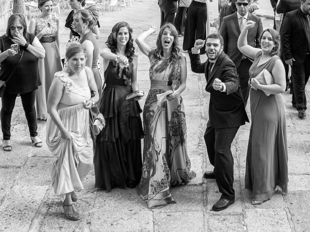 La boda de Guadalupe y Roberto en Guadalupe, Cáceres 18