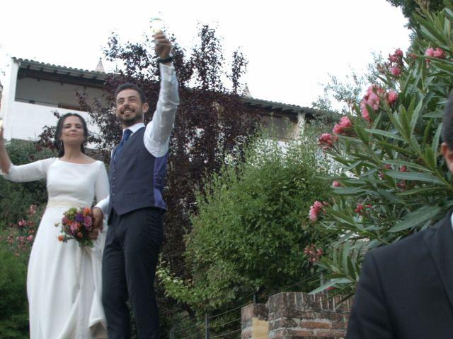 La boda de Guadalupe y Roberto en Guadalupe, Cáceres 24