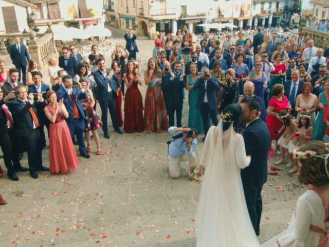 La boda de Guadalupe y Roberto en Guadalupe, Cáceres 25