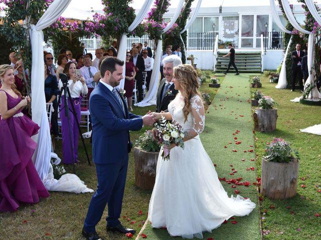 La boda de David y Amparo en L' Ènova, Valencia 2