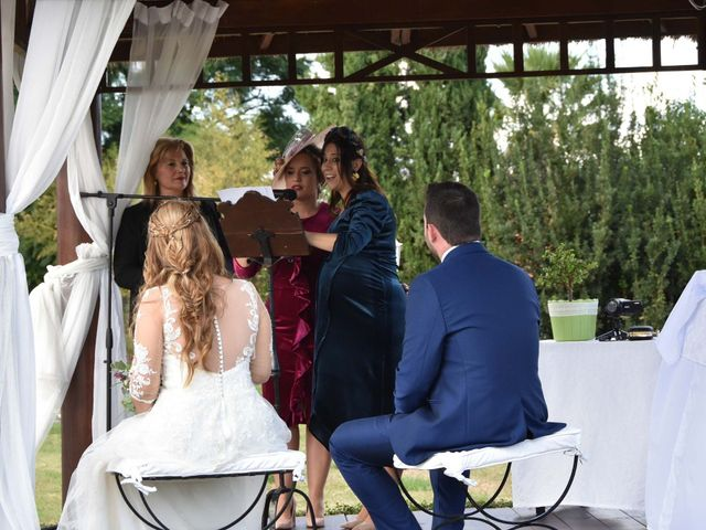 La boda de David y Amparo en L' Ènova, Valencia 3