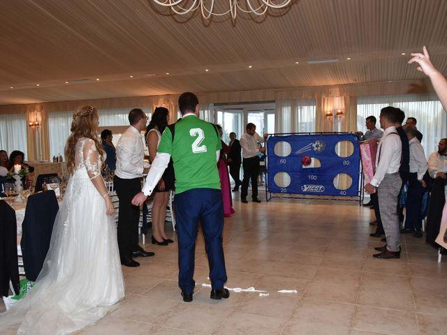 La boda de David y Amparo en L' Ènova, Valencia 16