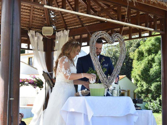 La boda de David y Amparo en L' Ènova, Valencia 24