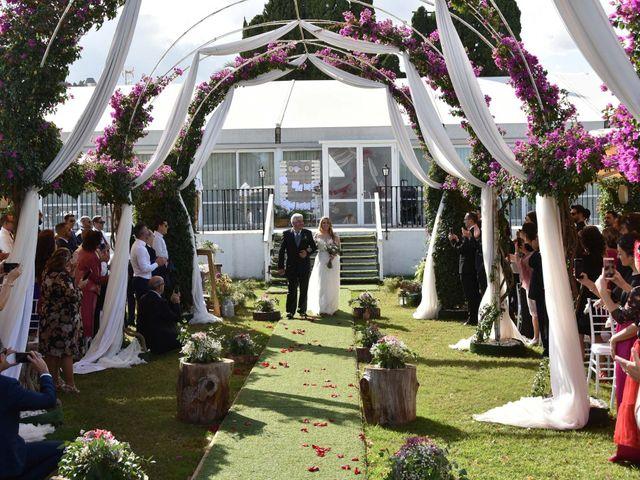 La boda de David y Amparo en L' Ènova, Valencia 41
