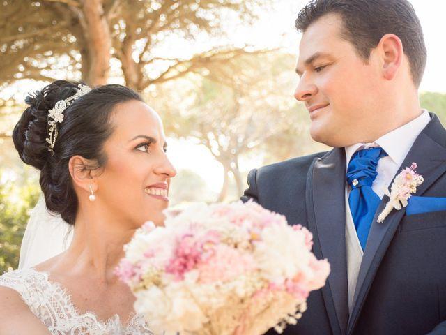 La boda de Juan Diego y Toñi en Chiclana De La Frontera, Cádiz 32