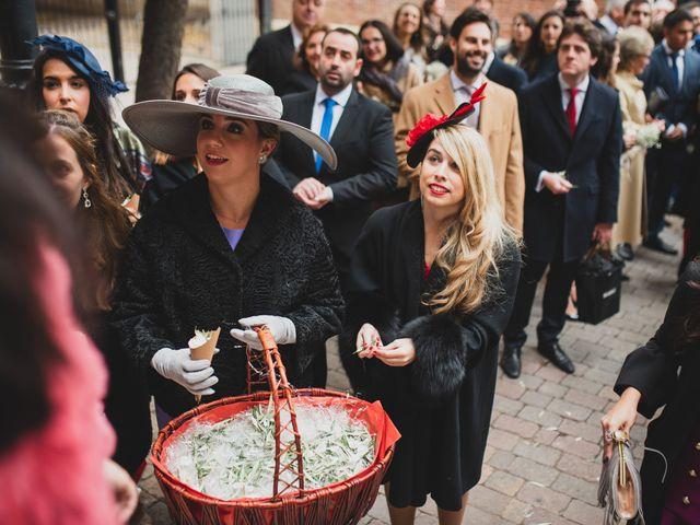 La boda de José María y Maria Jesús en Las Rozas De Madrid, Madrid 149