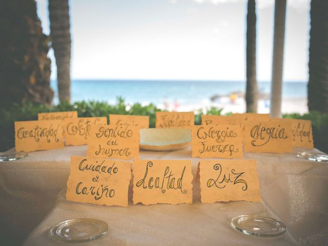 La boda de Diego y Carmen en La/villajoyosa Vila Joiosa, Alicante 20