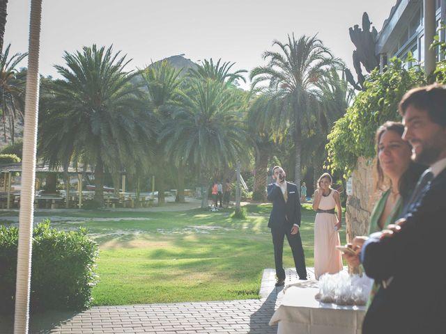 La boda de Diego y Carmen en La/villajoyosa Vila Joiosa, Alicante 22