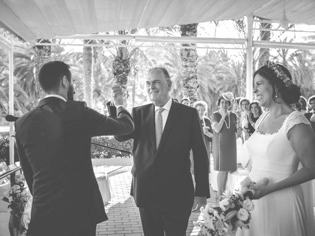La boda de Diego y Carmen en La/villajoyosa Vila Joiosa, Alicante 24