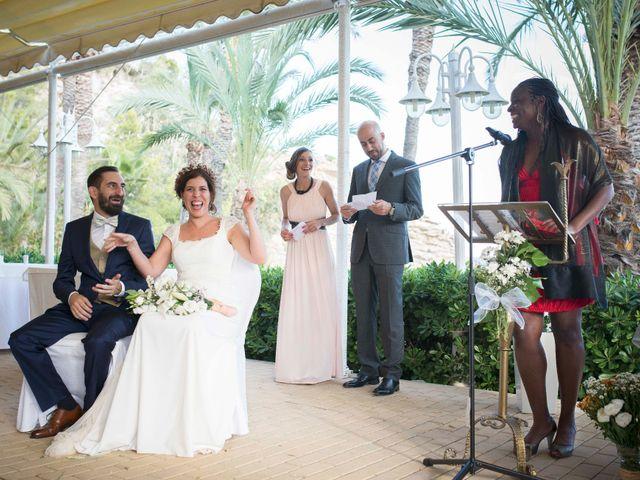 La boda de Diego y Carmen en La/villajoyosa Vila Joiosa, Alicante 29