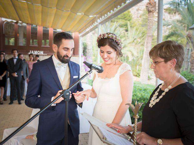 La boda de Diego y Carmen en La/villajoyosa Vila Joiosa, Alicante 32