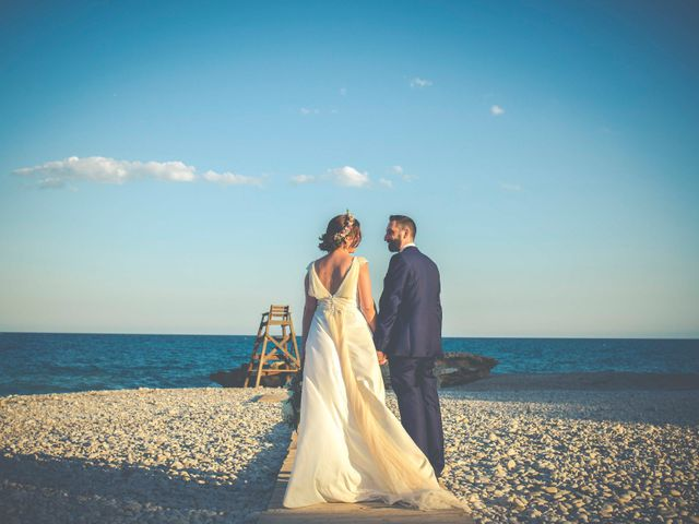 La boda de Diego y Carmen en La/villajoyosa Vila Joiosa, Alicante 42