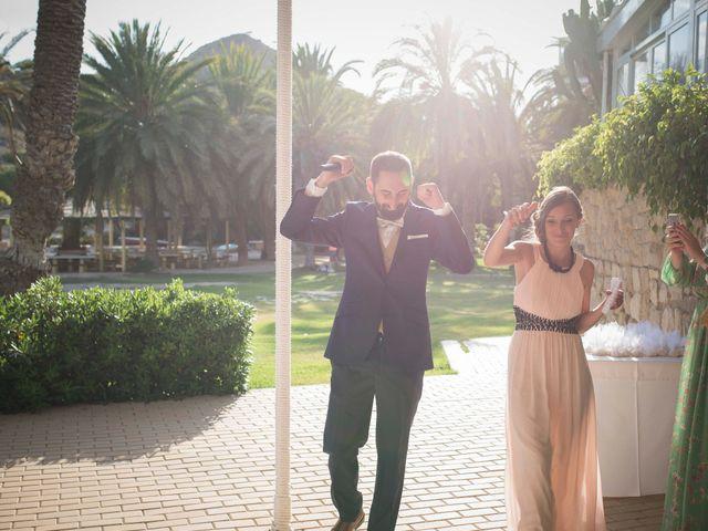 La boda de Diego y Carmen en La/villajoyosa Vila Joiosa, Alicante 87