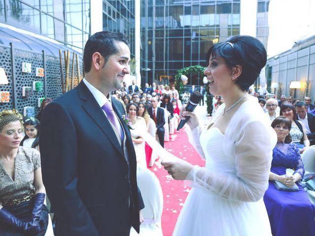 La boda de Javier y Norma en Madrid, Madrid 14