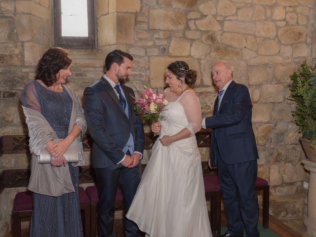 La boda de Xabi y Amaia en Getxo, Vizcaya 22