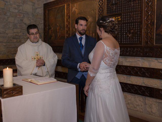 La boda de Xabi y Amaia en Getxo, Vizcaya 24