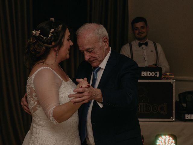 La boda de Xabi y Amaia en Getxo, Vizcaya 49
