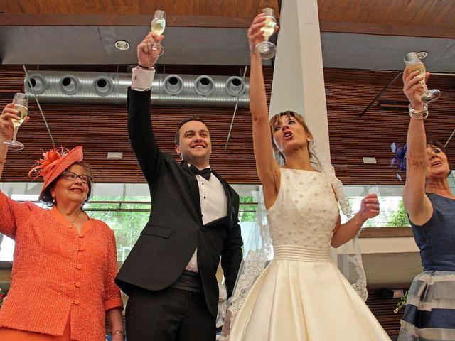 La boda de Cristian y Abigail en Carrion De Calatrava, Ciudad Real 13
