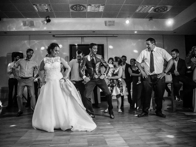 La boda de Raúl y Estela en Alacant/alicante, Alicante 30