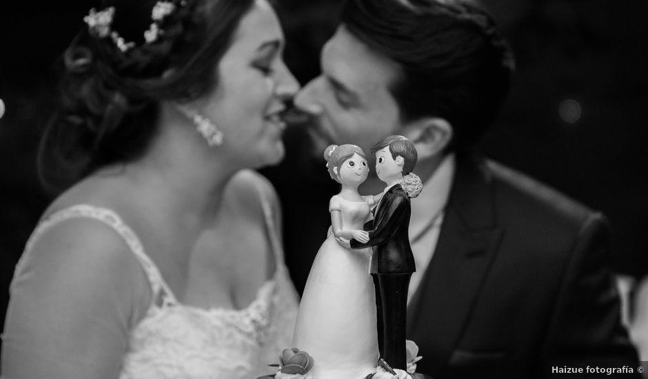 La boda de Xabi y Amaia en Getxo, Vizcaya