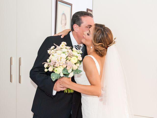 La boda de Antonio y Sheila en Torre Del Mar, Málaga 6