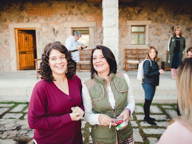 La boda de Manuel y Tamara en El Berrueco, Madrid 12