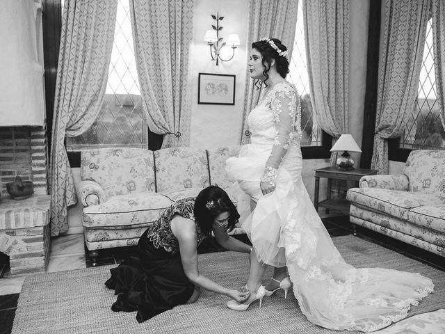 La boda de Manuel y Tamara en El Berrueco, Madrid 29