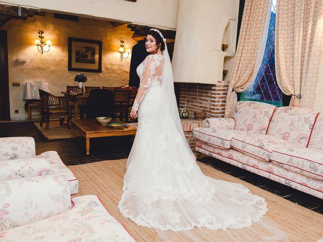 La boda de Manuel y Tamara en El Berrueco, Madrid 31