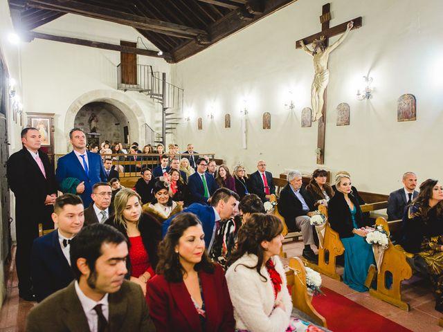 La boda de Manuel y Tamara en El Berrueco, Madrid 55
