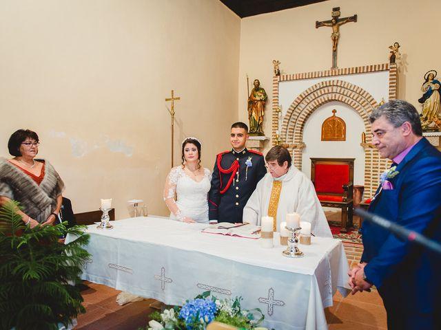 La boda de Manuel y Tamara en El Berrueco, Madrid 65