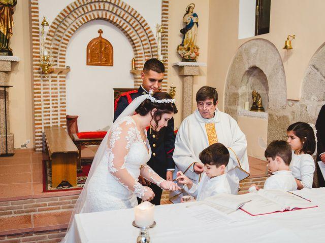 La boda de Manuel y Tamara en El Berrueco, Madrid 67