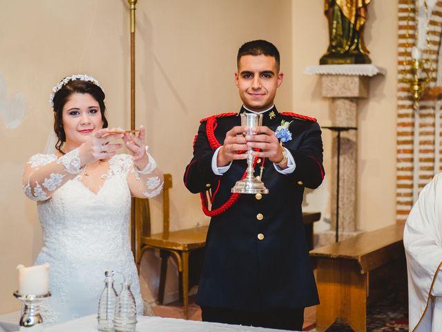 La boda de Manuel y Tamara en El Berrueco, Madrid 73