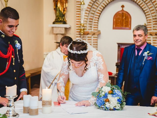 La boda de Manuel y Tamara en El Berrueco, Madrid 79