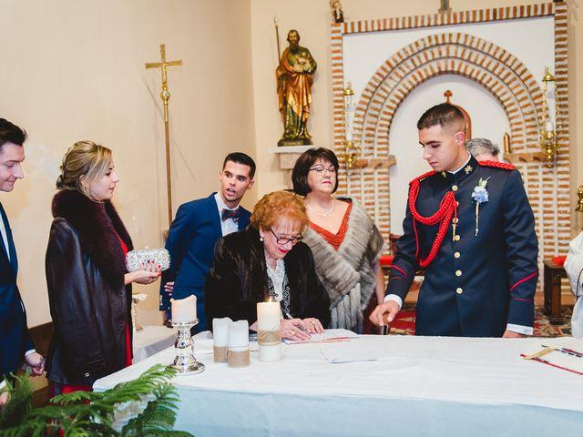 La boda de Manuel y Tamara en El Berrueco, Madrid 83