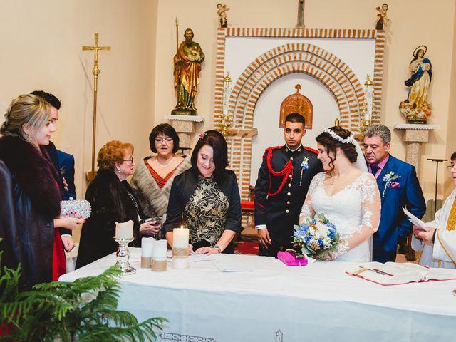 La boda de Manuel y Tamara en El Berrueco, Madrid 87