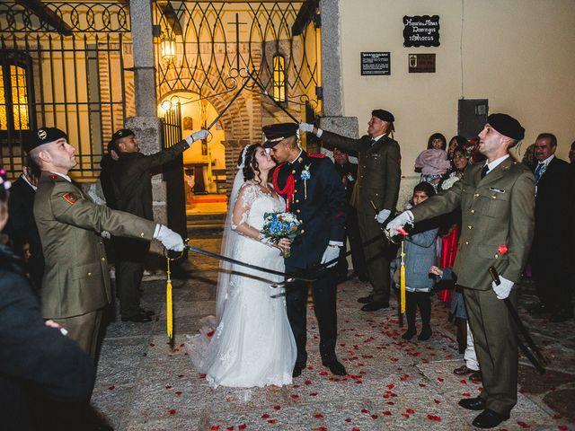 La boda de Manuel y Tamara en El Berrueco, Madrid 91