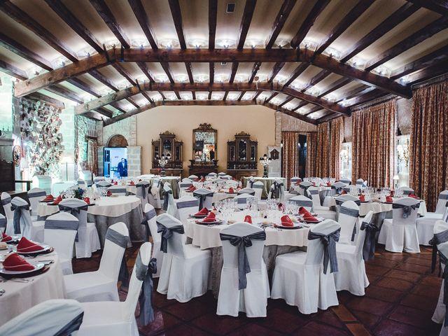 La boda de Manuel y Tamara en El Berrueco, Madrid 113