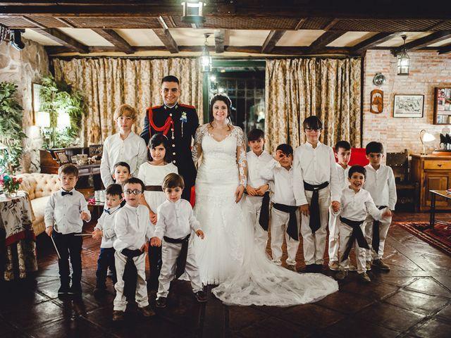 La boda de Manuel y Tamara en El Berrueco, Madrid 117
