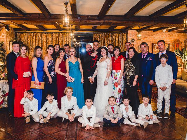 La boda de Manuel y Tamara en El Berrueco, Madrid 120