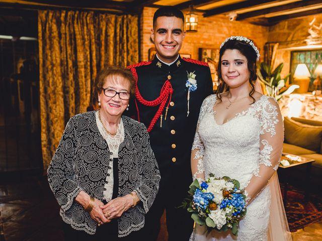 La boda de Manuel y Tamara en El Berrueco, Madrid 122