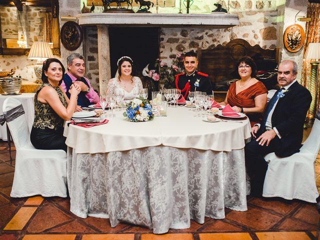 La boda de Manuel y Tamara en El Berrueco, Madrid 125