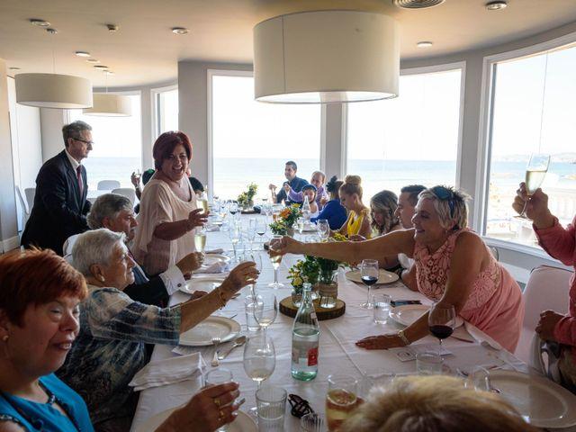 La boda de Alberto y Erika en Camargo, Cantabria 43