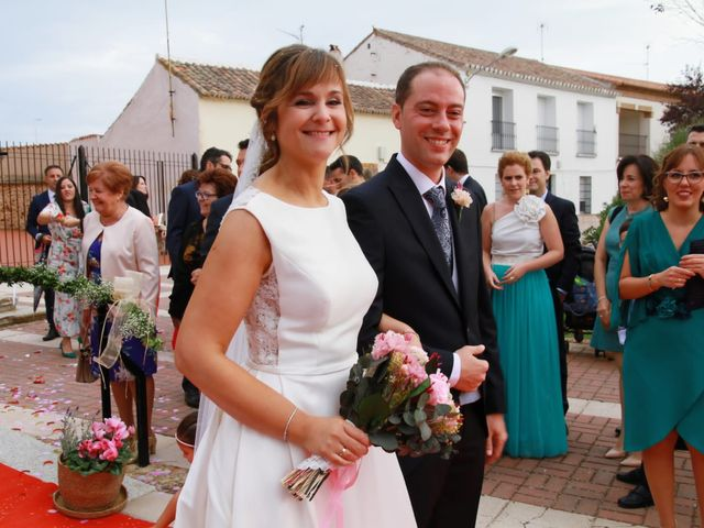 La boda de Antonio José  y Nuria  en Almuradiel, Ciudad Real 9