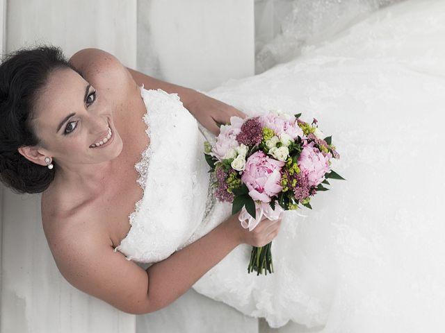 La boda de Daniel y Macarena en Chiclana De La Frontera, Cádiz 2