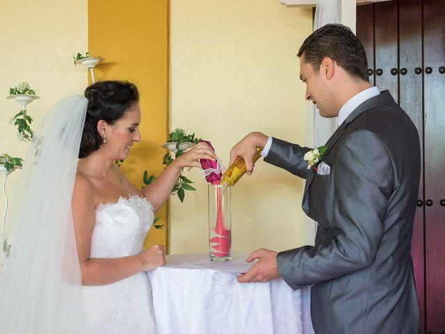 La boda de Daniel y Macarena en Chiclana De La Frontera, Cádiz 9